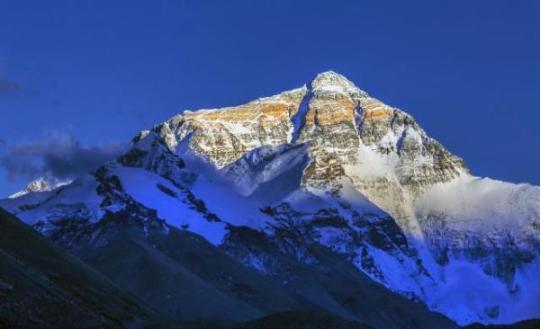 """848.86米的珠峰新高是如何算出来的?"""""""